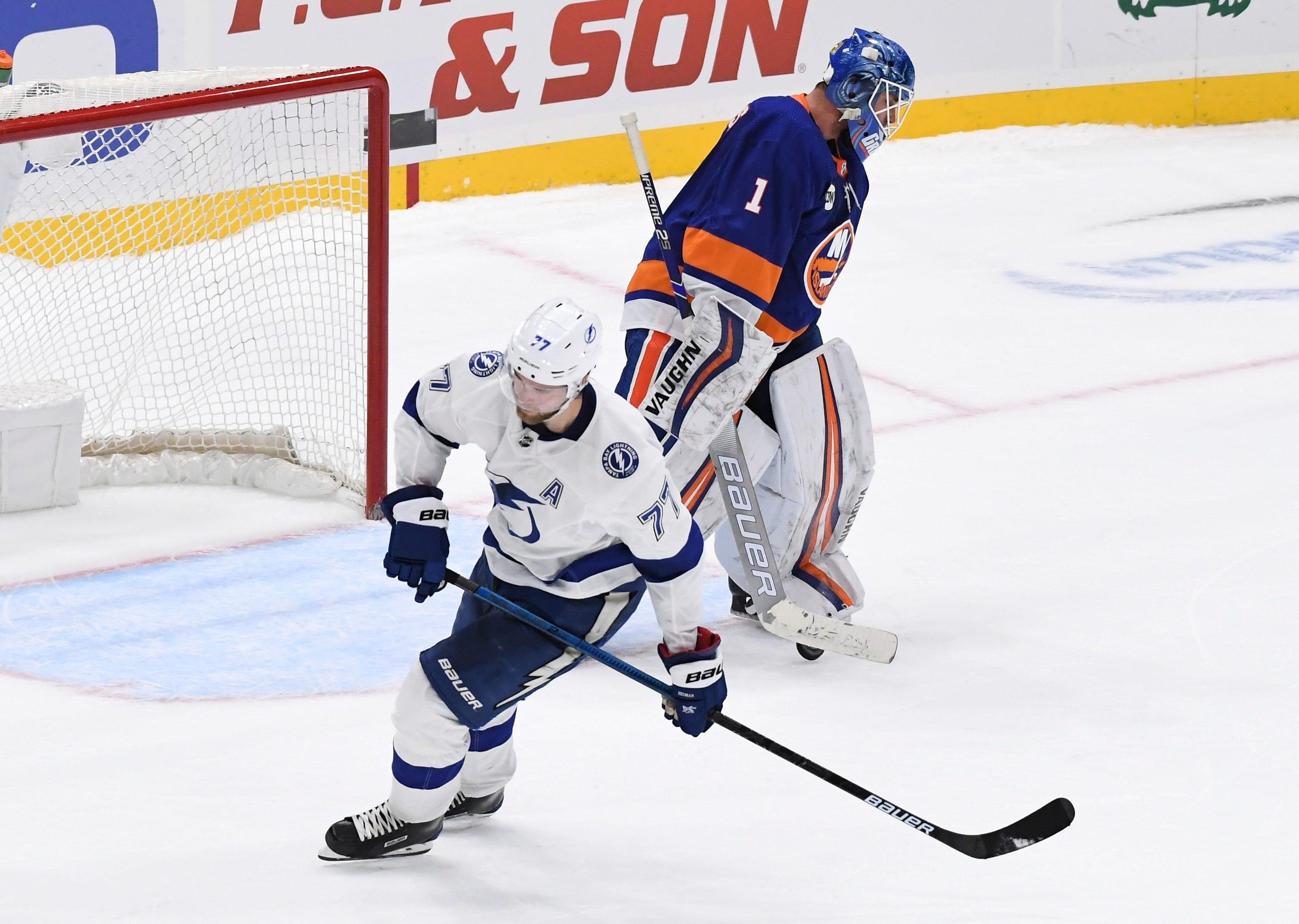 Lightning top Islanders 1-0 in shootout after goalies shine
