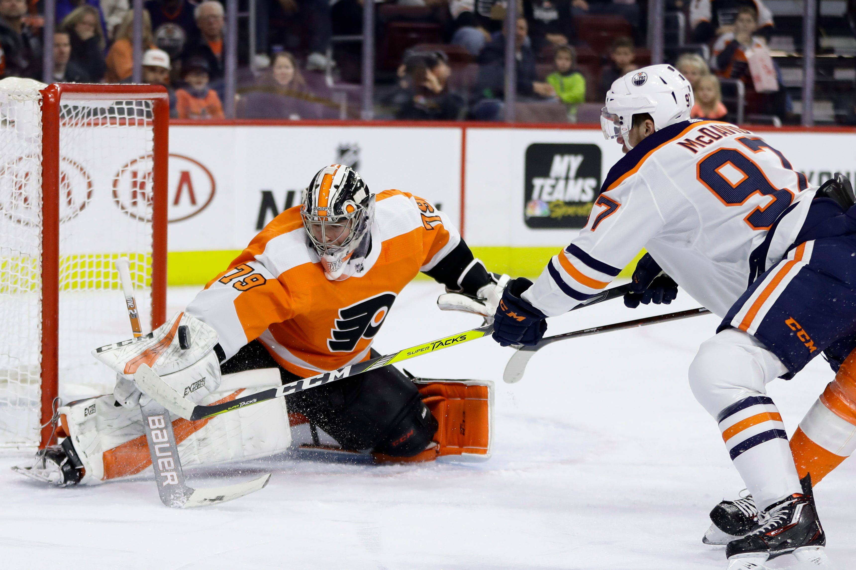 Patrick goal in OT, Flyers top Oilers 5-4 for 7th win in row