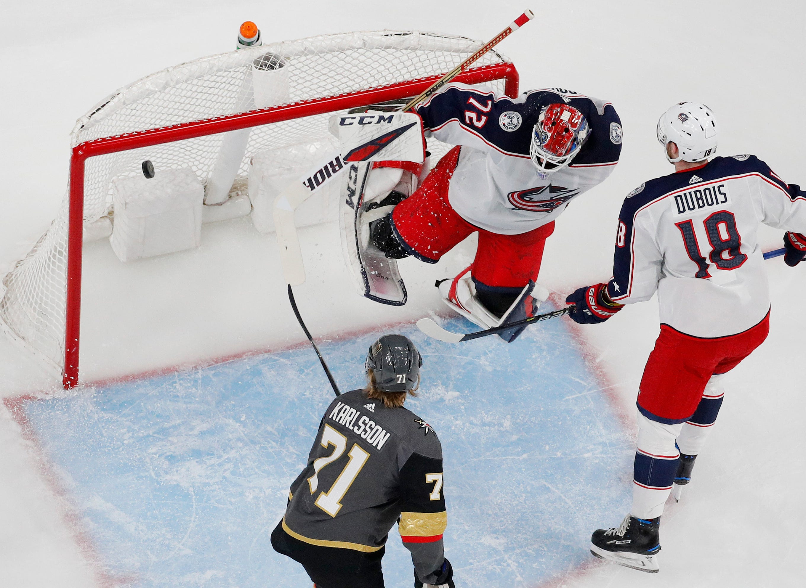 Atkinson scores twice, Blue Jackets beat Golden Knights 4-3