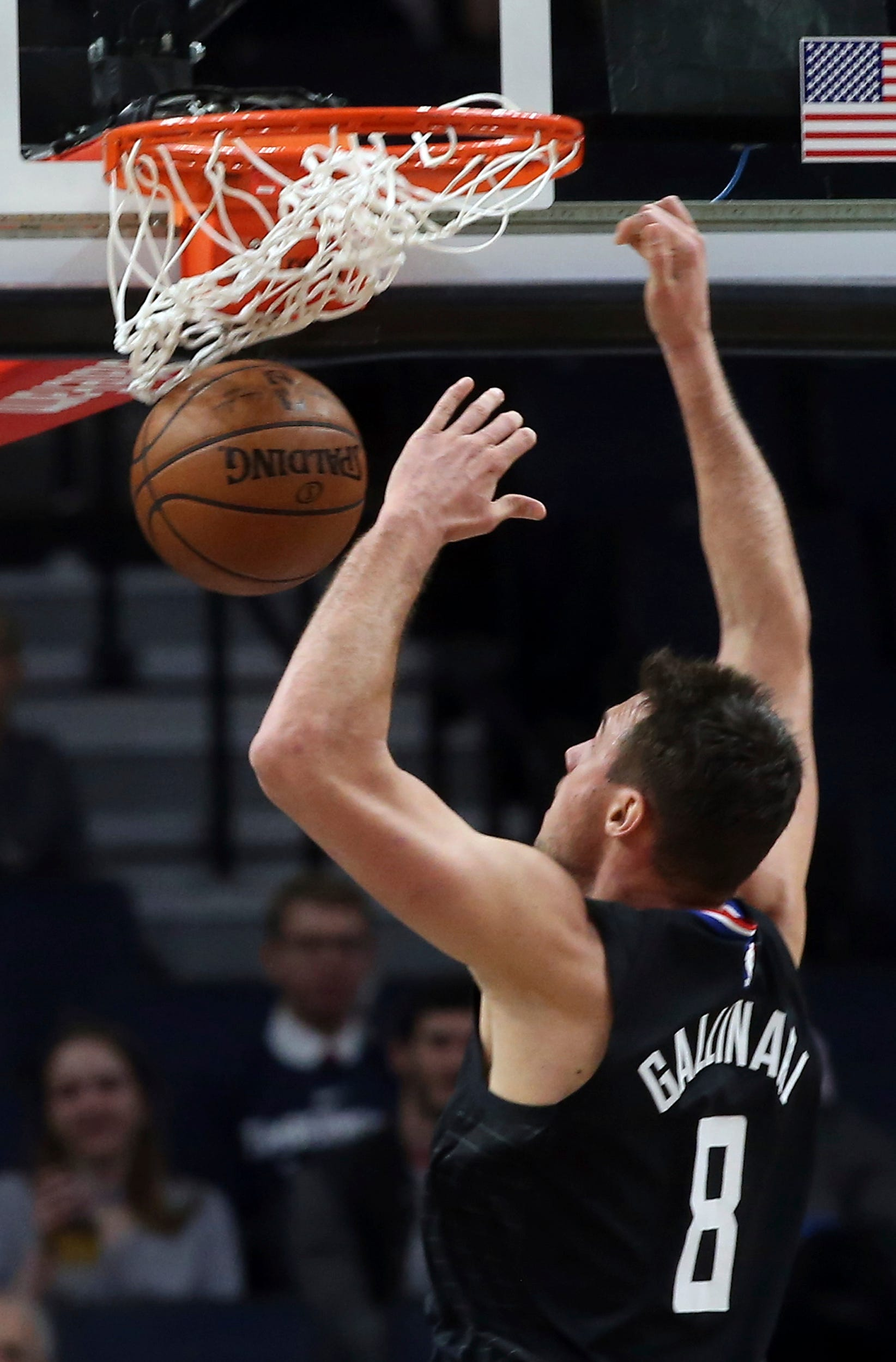 Healthy Rose, Teague lead Timberwolves past Clippers 130-120