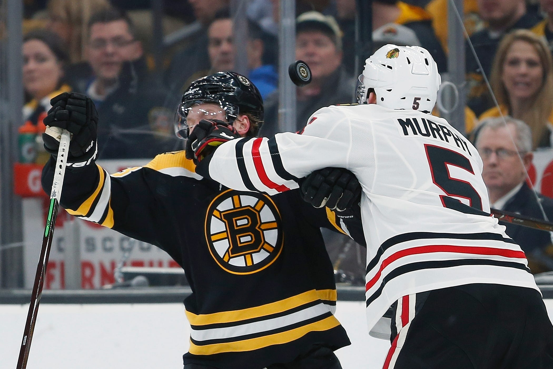 Bruins beat Blackhawks 6-3, end Chicago's seven-game winning streak