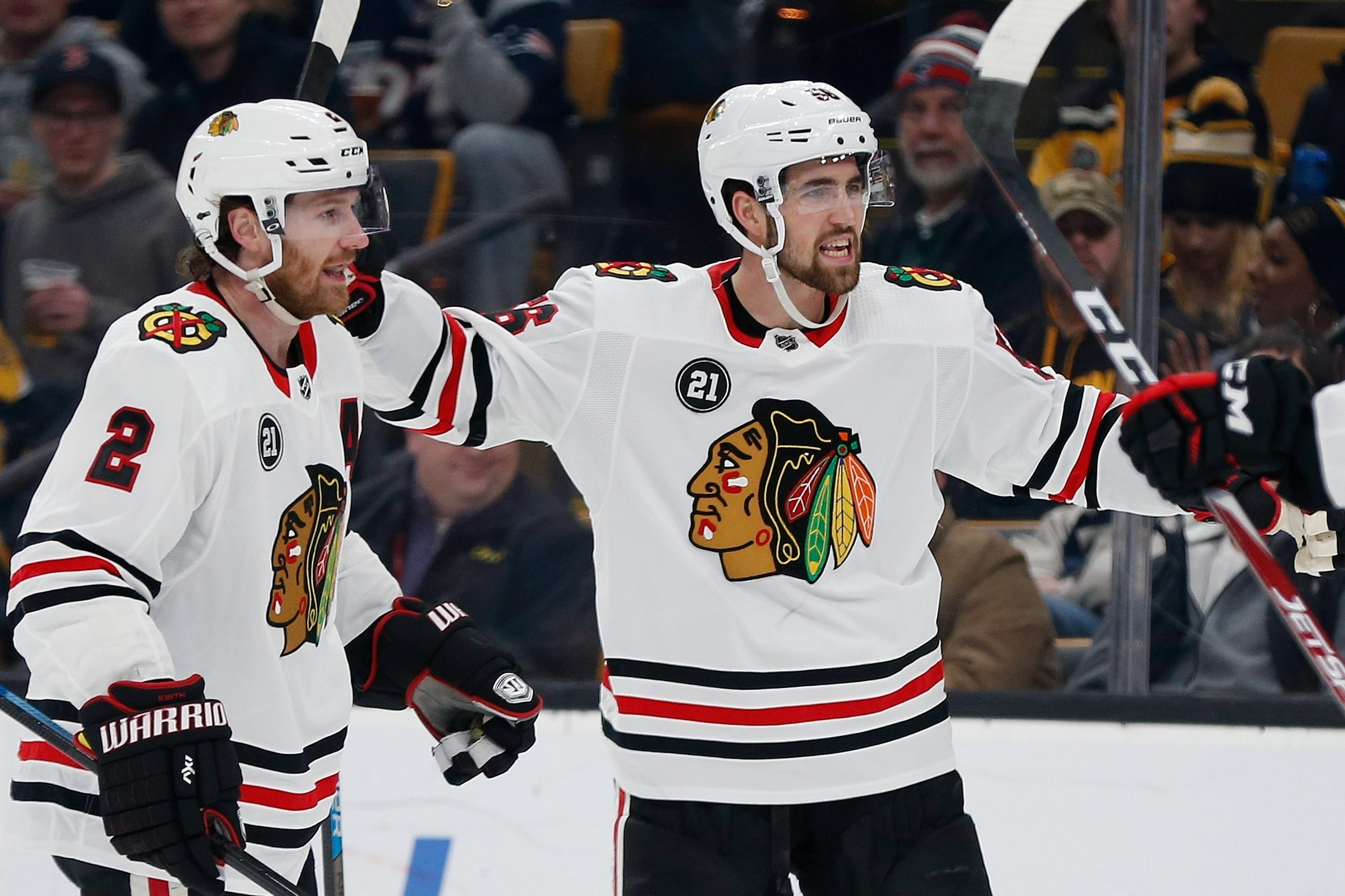 Bruins beat Blackhawks 6-3, snap Chicago's 7-game win streak
