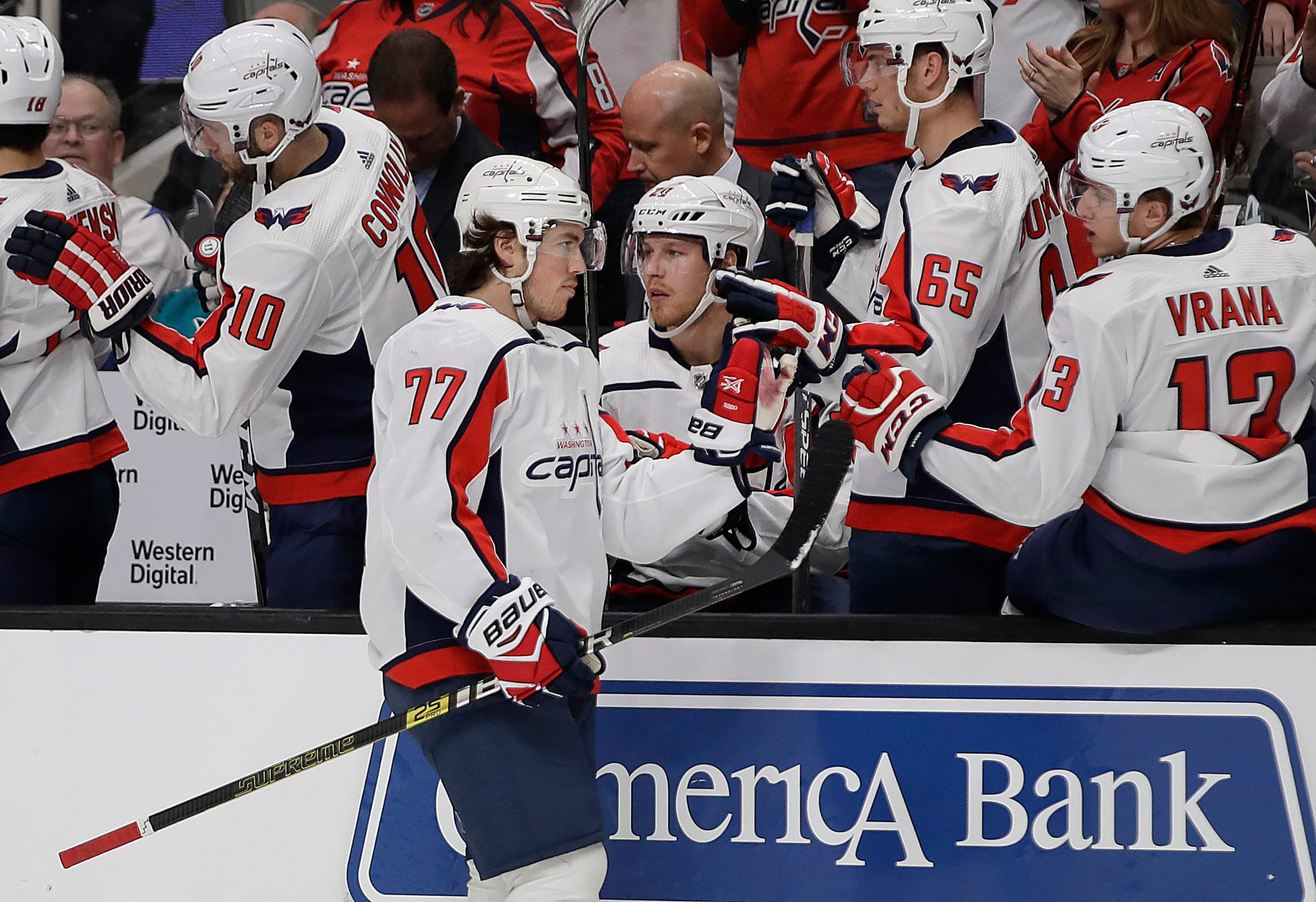 Ovechkin, Oshie lift Capitals over Sharks 5-1