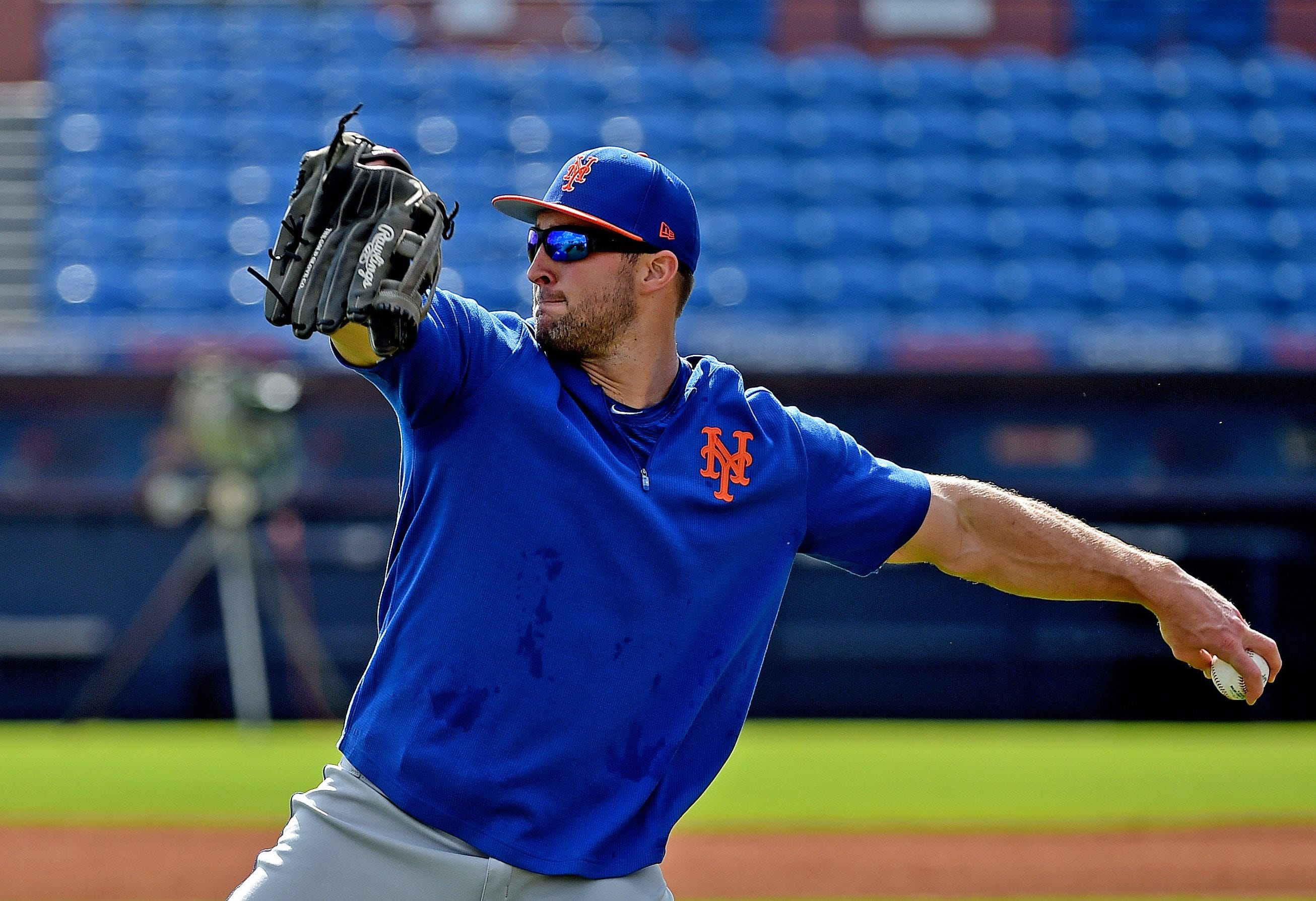 Opinion: Tim Tebow's commitment to baseball is inspiring