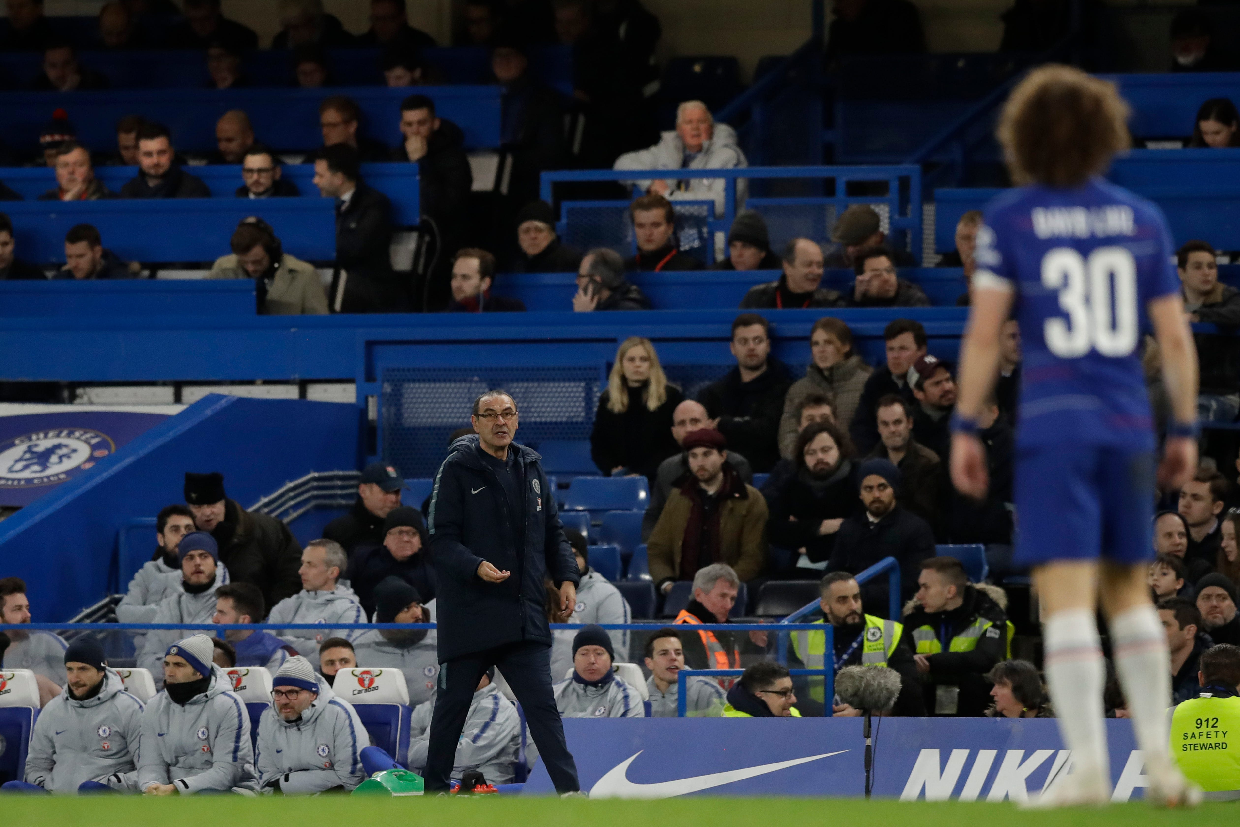 Chelsea coach Sarri looking for run of wins to appease fans