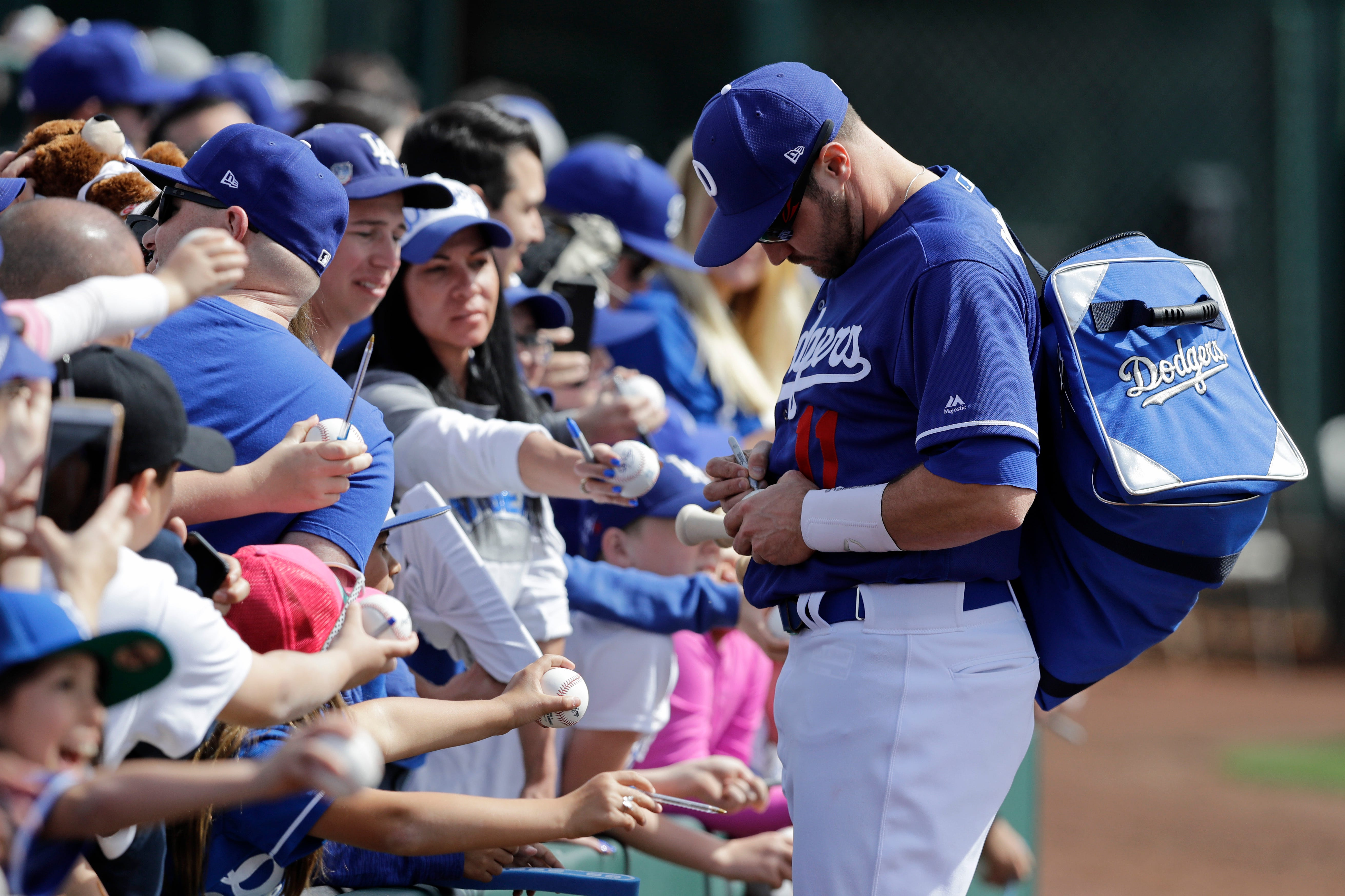 Pollock settling in nicely with new Dodgers teammates