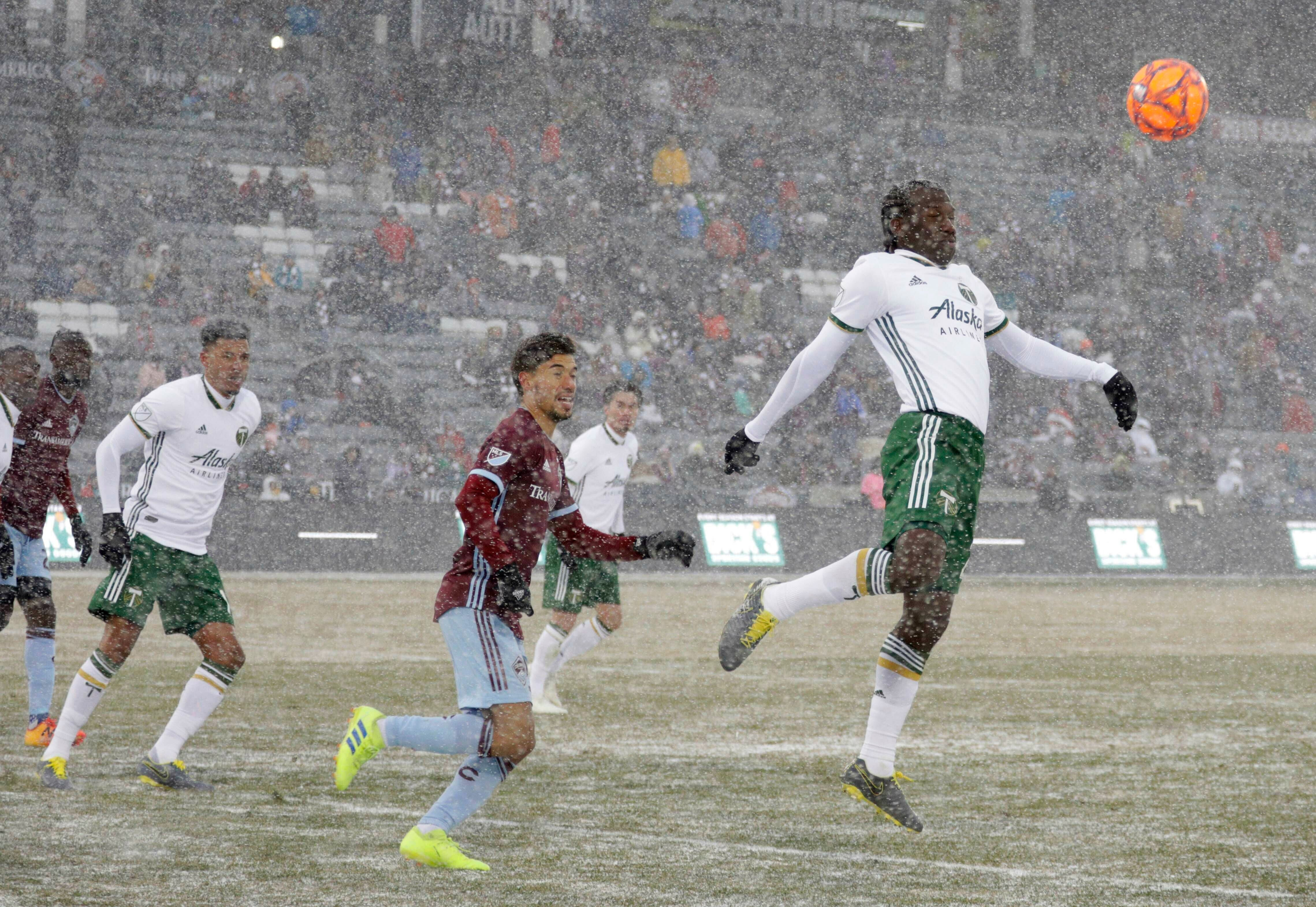 Rapids, Timbers tie 3-3 in coldest match in MLS history