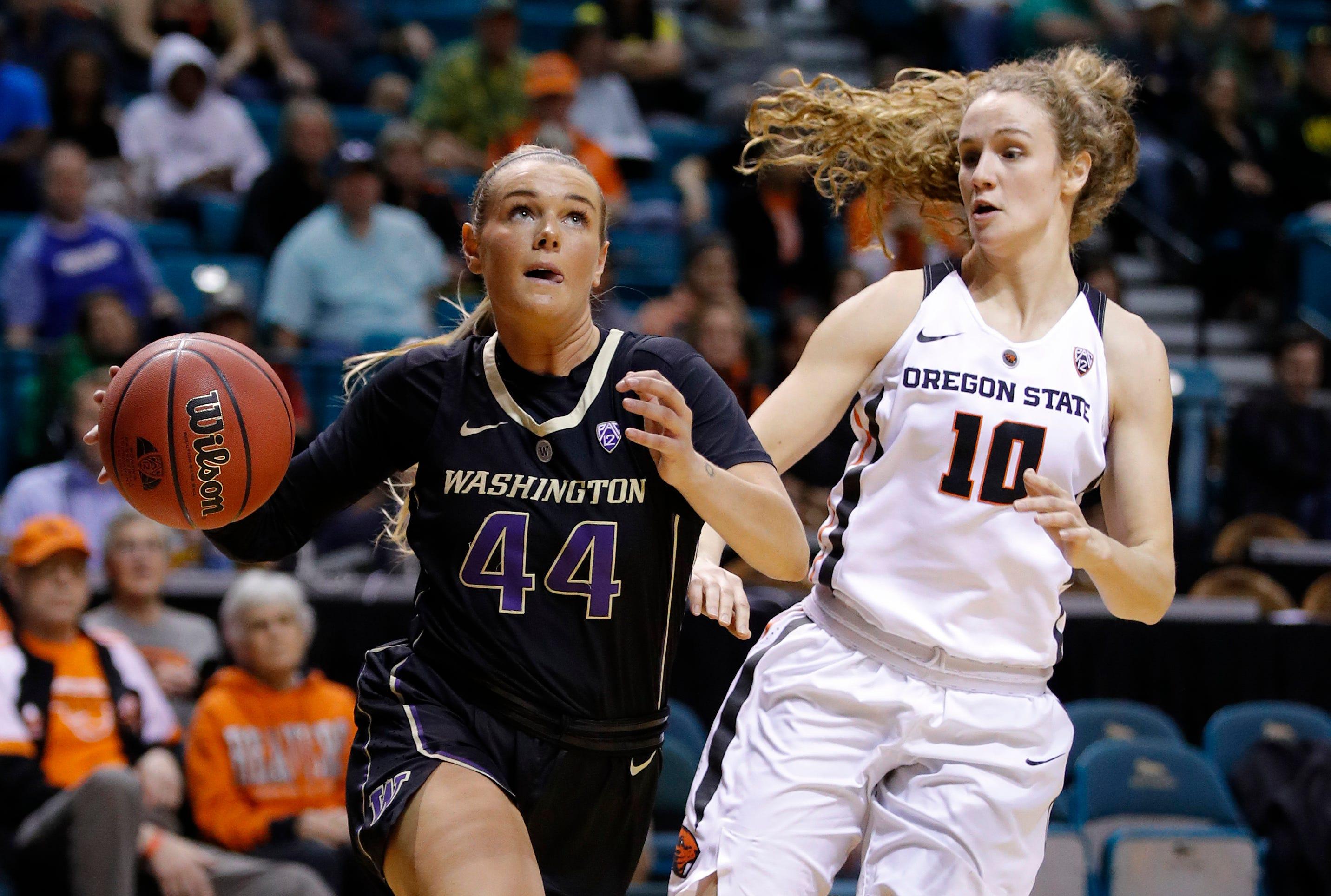 Peterson's 3 helps Washington stun No. 11 Oregon State