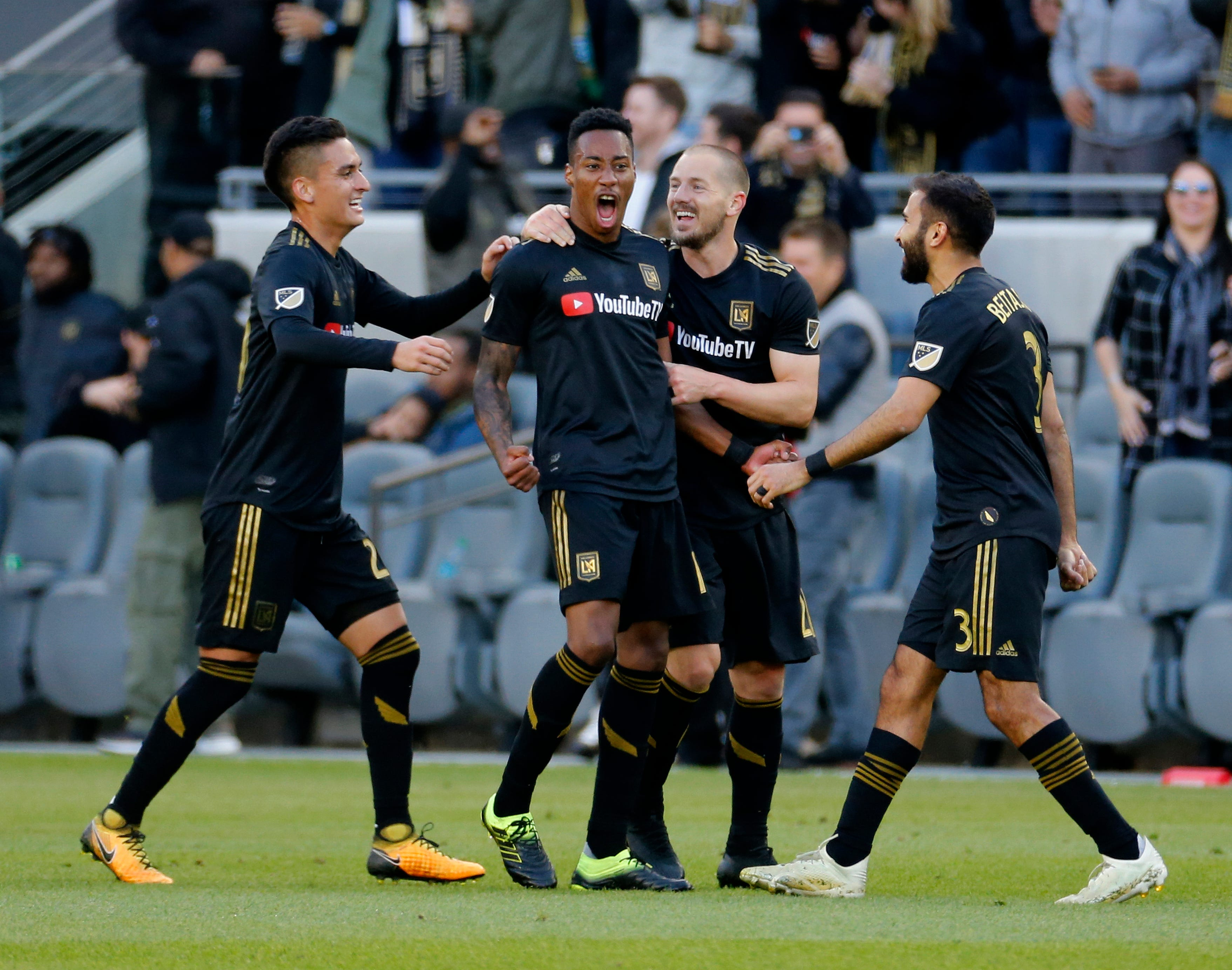 Vela, Diomande lead LAFC to 4-1 win over Timbers