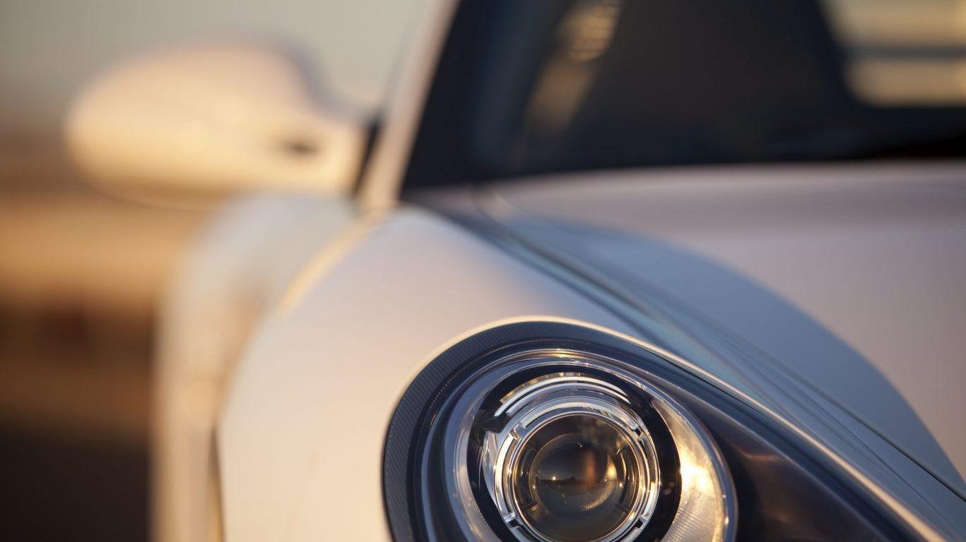 Porsche tops list of car brands with highest customer satisfaction; Fiat ranks worst