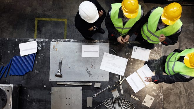 Federal law entitles workers to a safe workplace. An employer must provide a workplace without health and safety hazards.