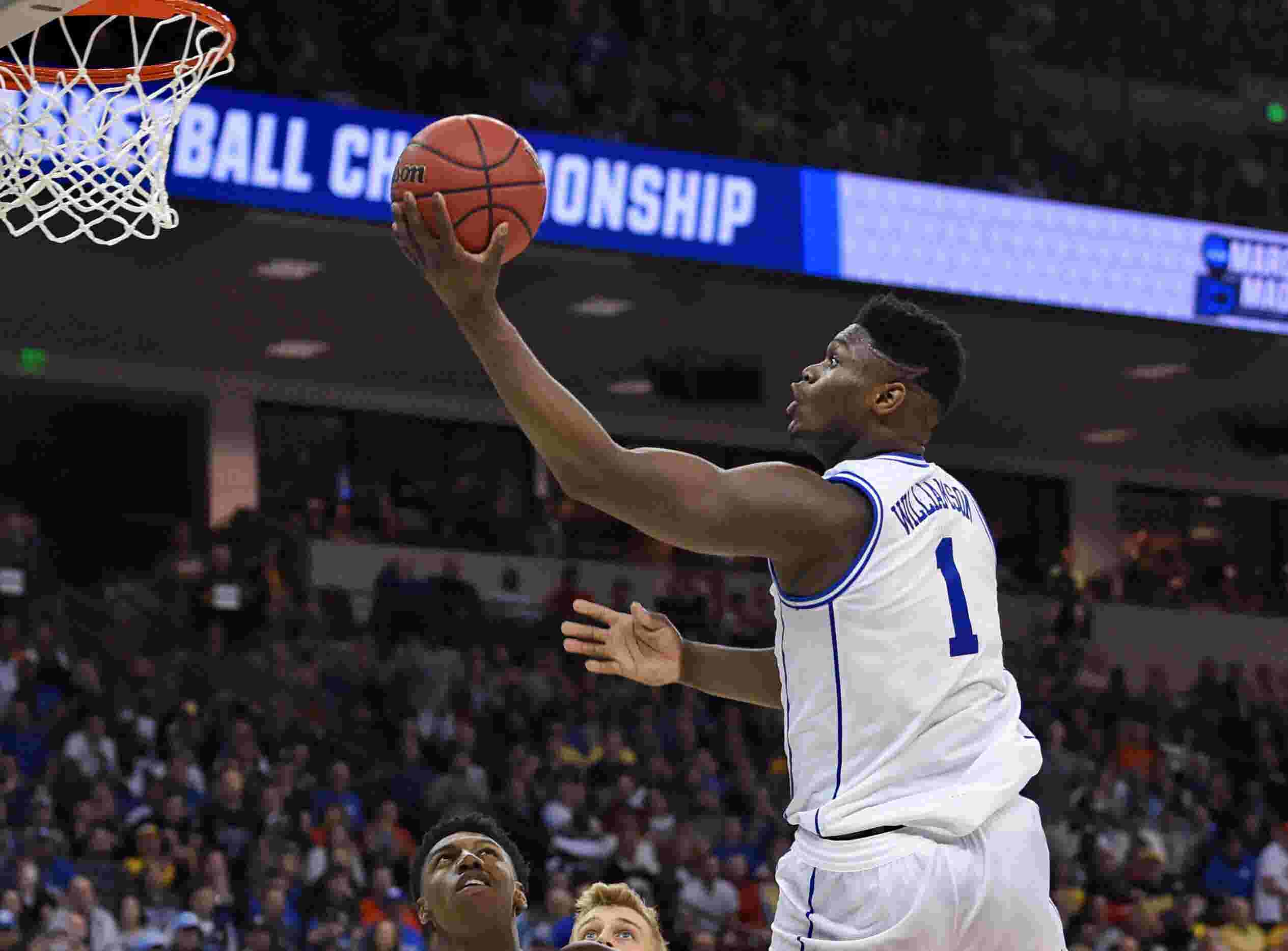 d29f9bbd7037 Everything you need to know about Saturday s games at the NCAA men s  basketball tournament