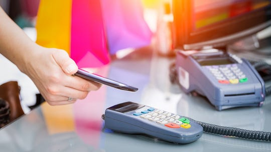 More small businesses cashing in on cashless payments