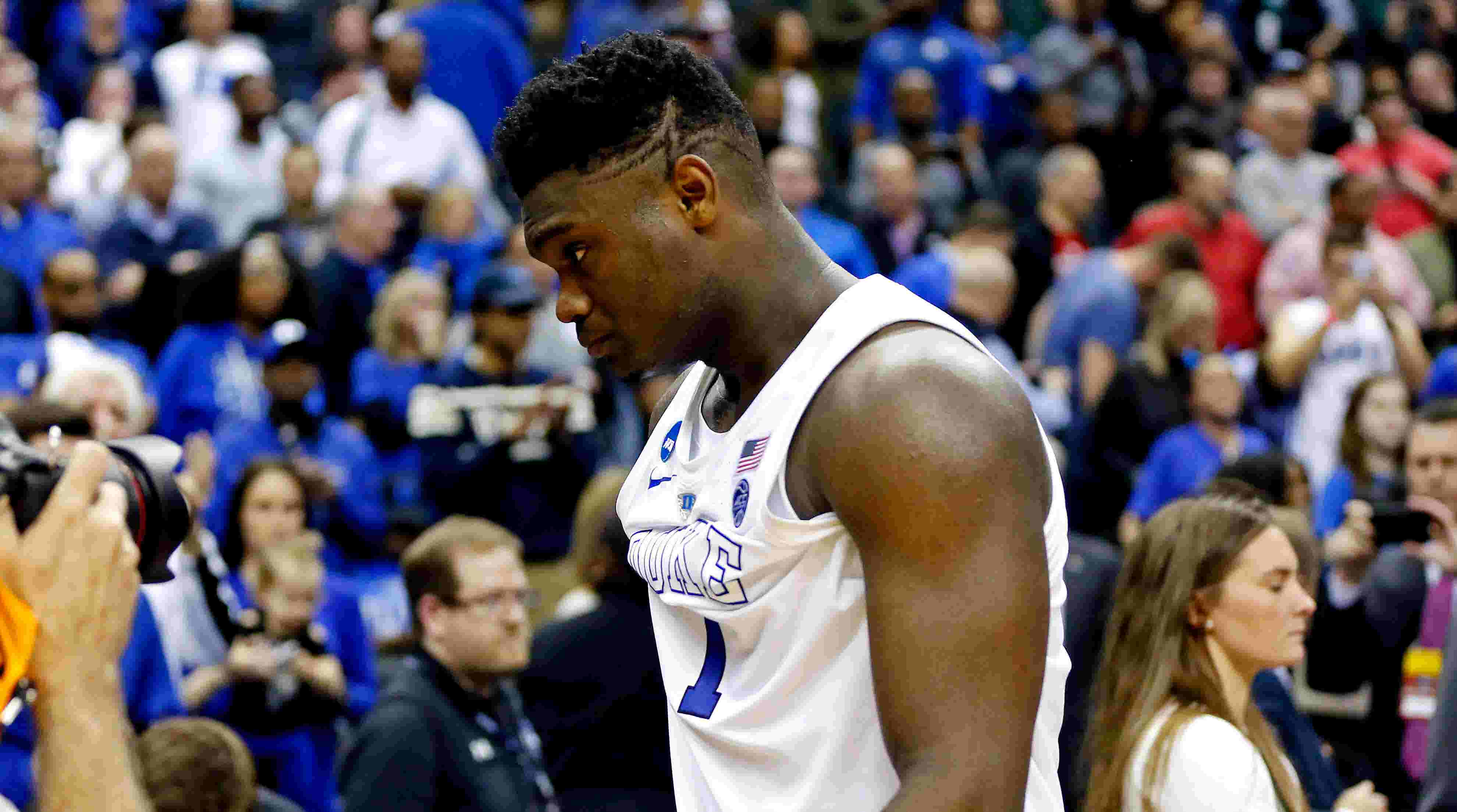 f00e9c99970 Zion Williamson enters NBA world with LeBron James-type expectations