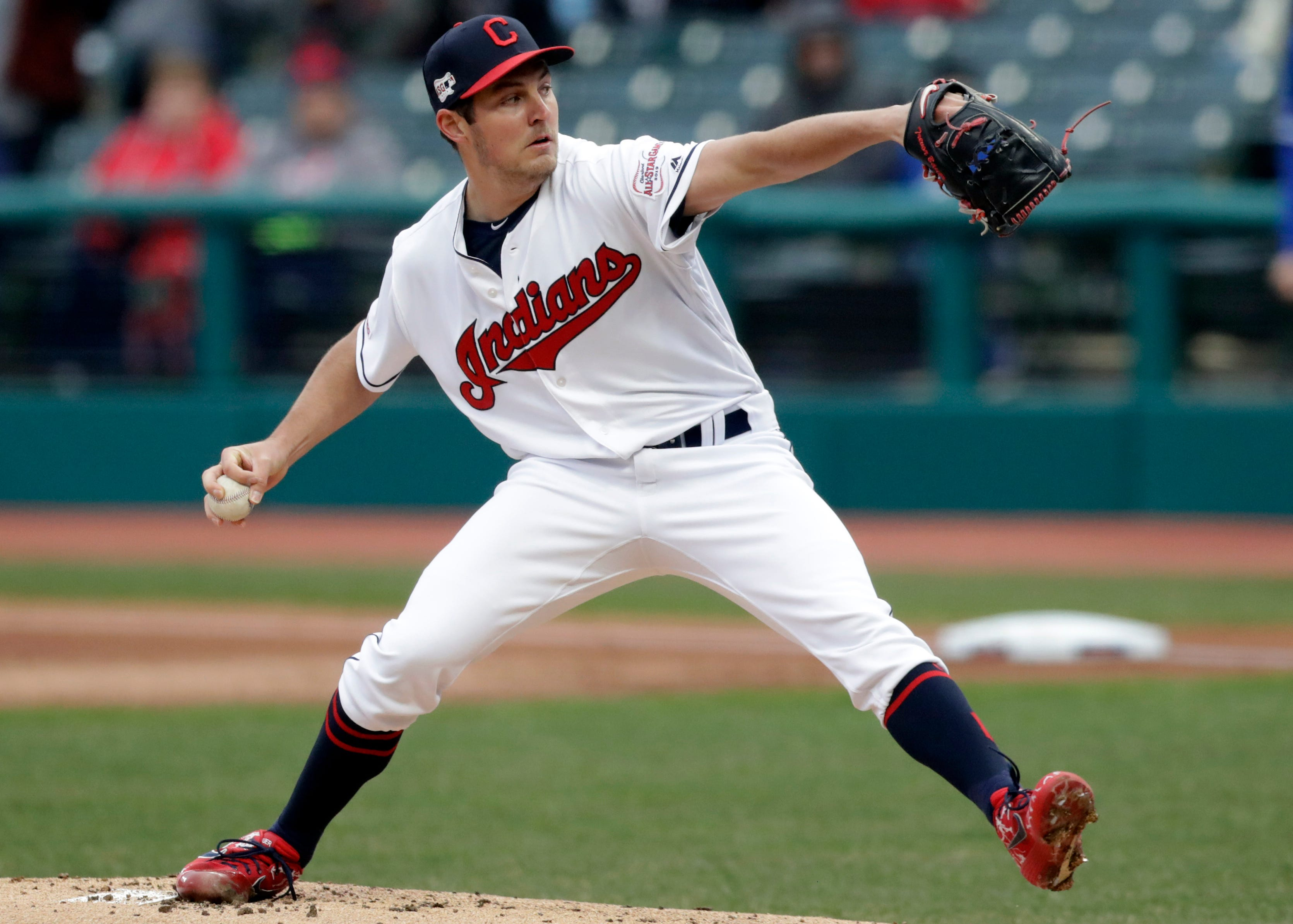 Indians' Bauer is pitching no-hitter through 7 vs Blue Jays