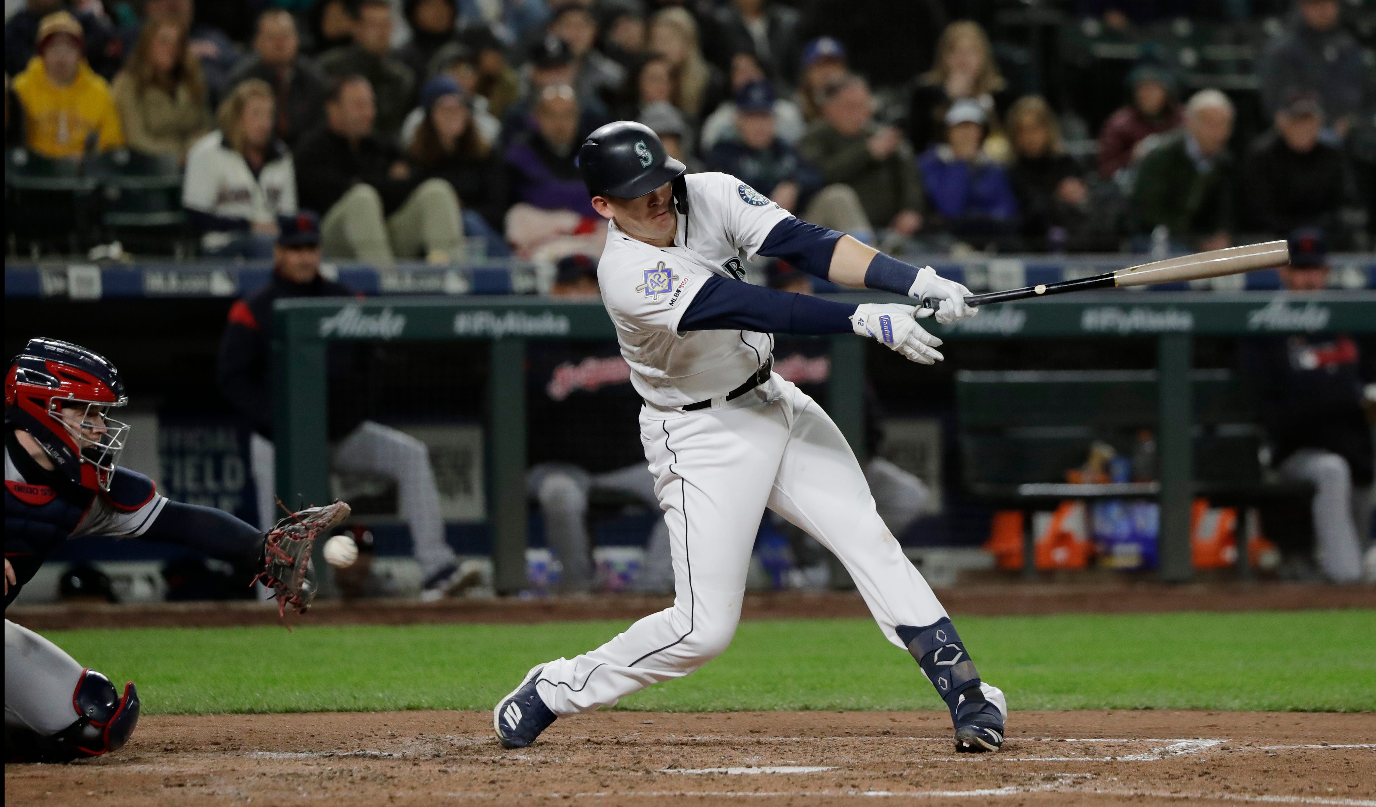 Bauer, Ramirez help Indians hold off Mariners for 6-4 win