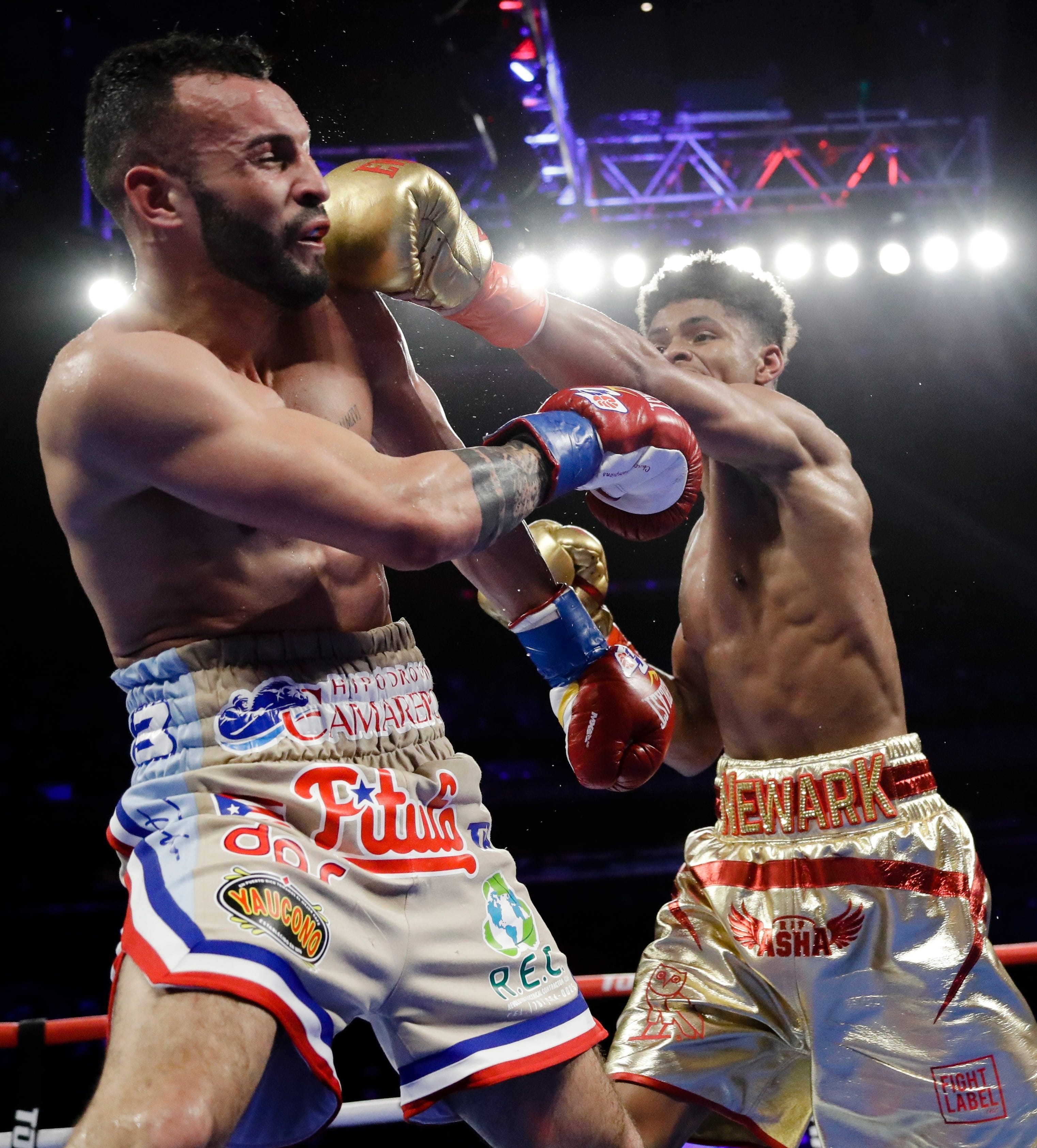 Lopez gets another KO, Stevenson wins again at MSG