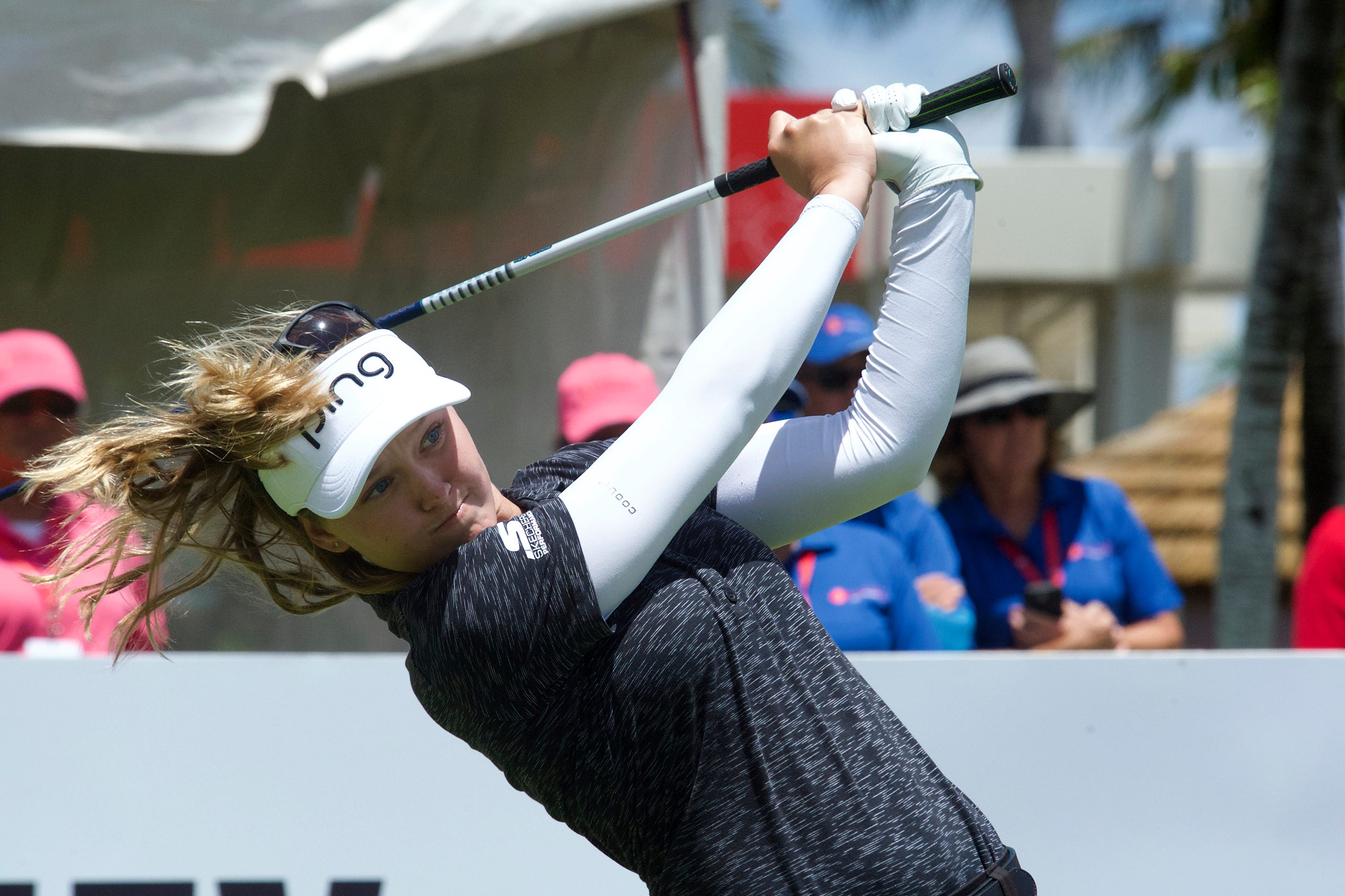 Brooke Henderson wins in Hawaii to tie Canadian victory mark