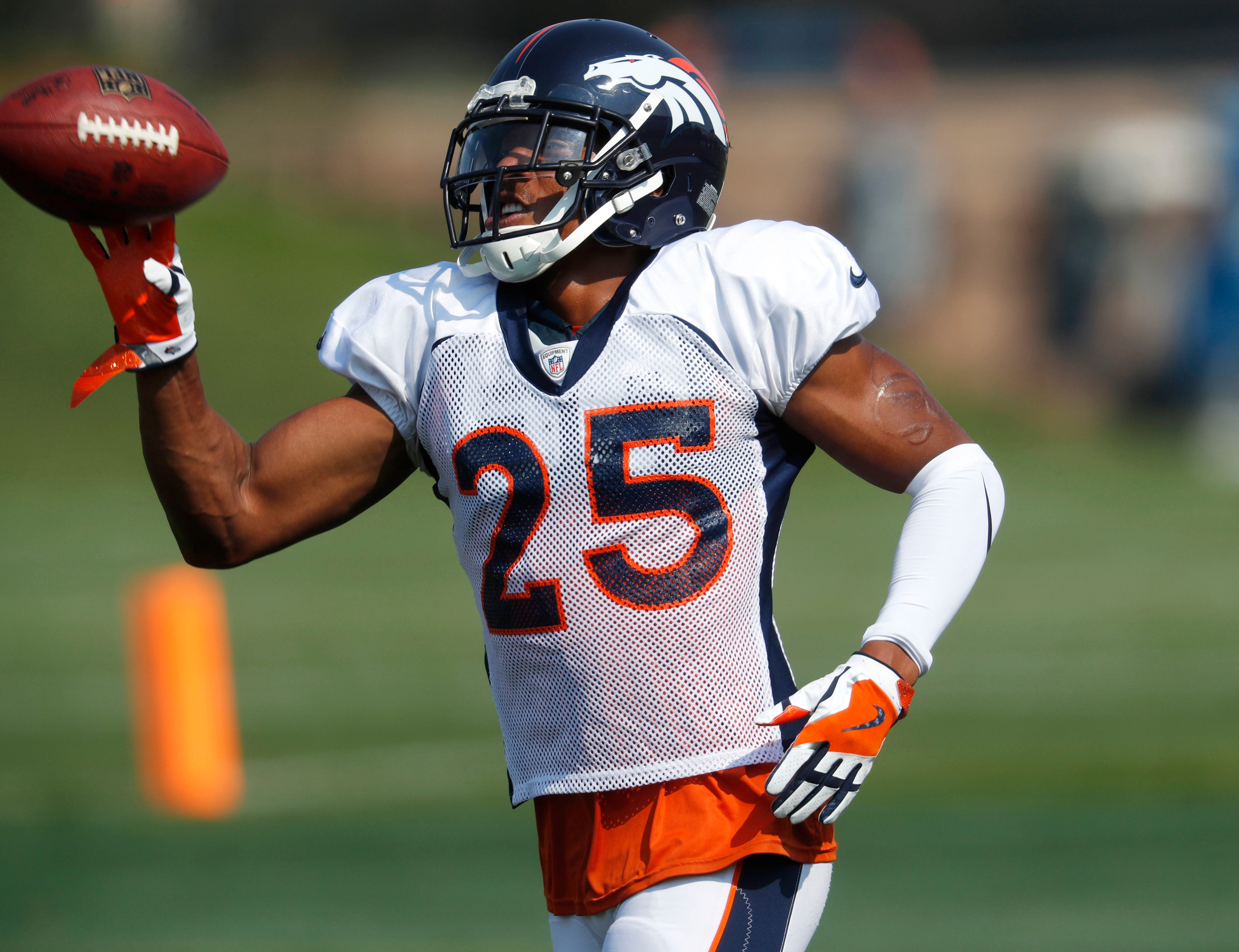 Harris returns to Broncos, ready to prove his worth