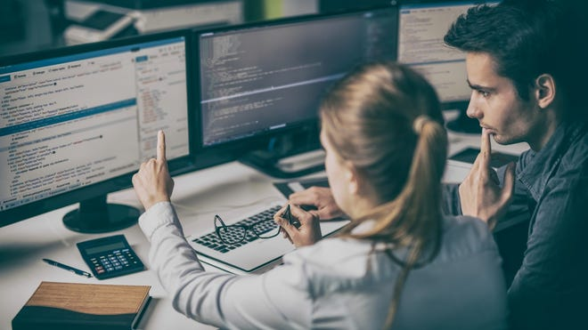 For junior web developers, the salary estimated range from $40,000 to $60,000. For senior developers, the salary could be $80,000 to $100,000, depending on the market.