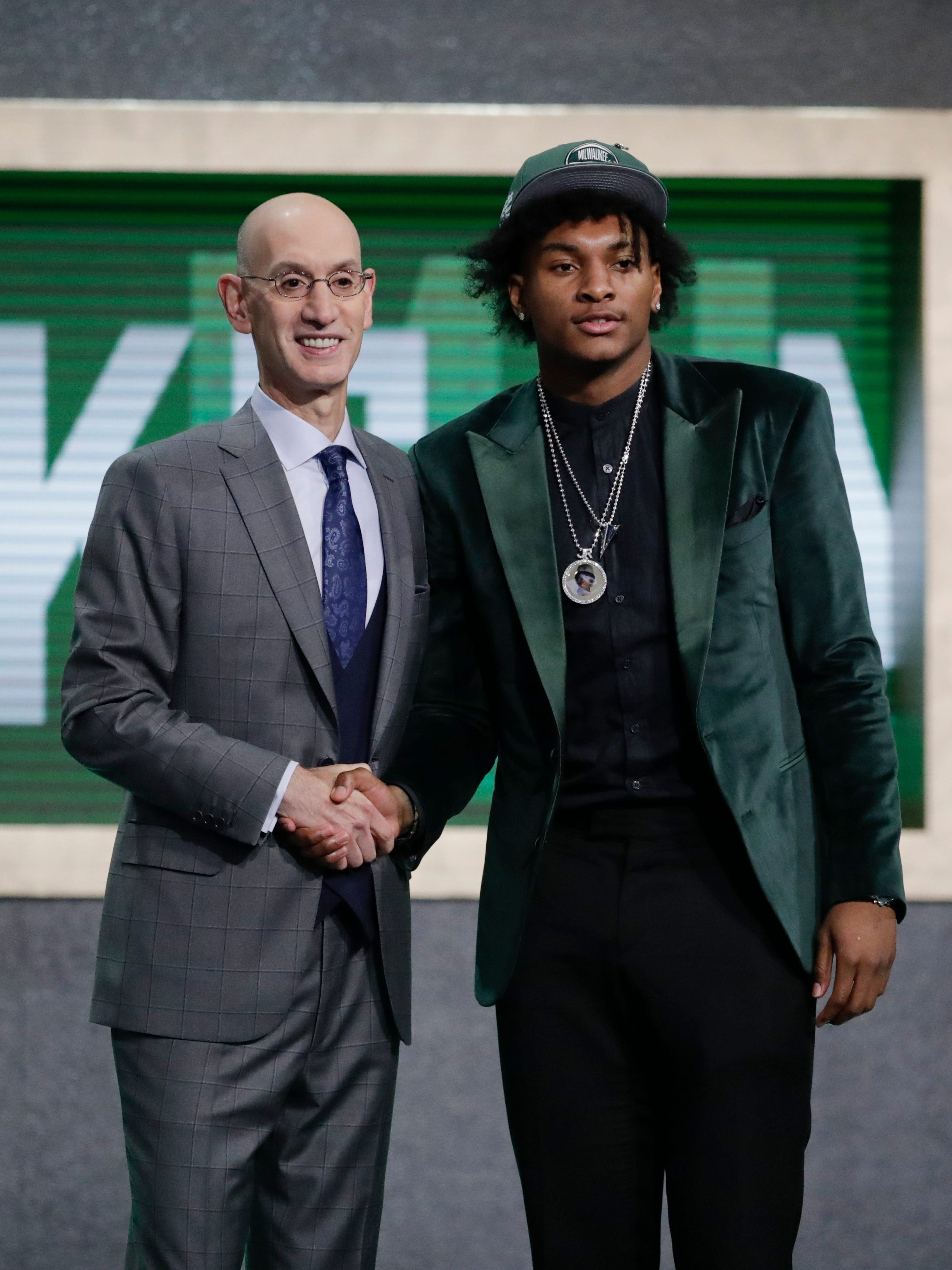 Bucks prepare for free agency after dealing sole draft pick thumbnail