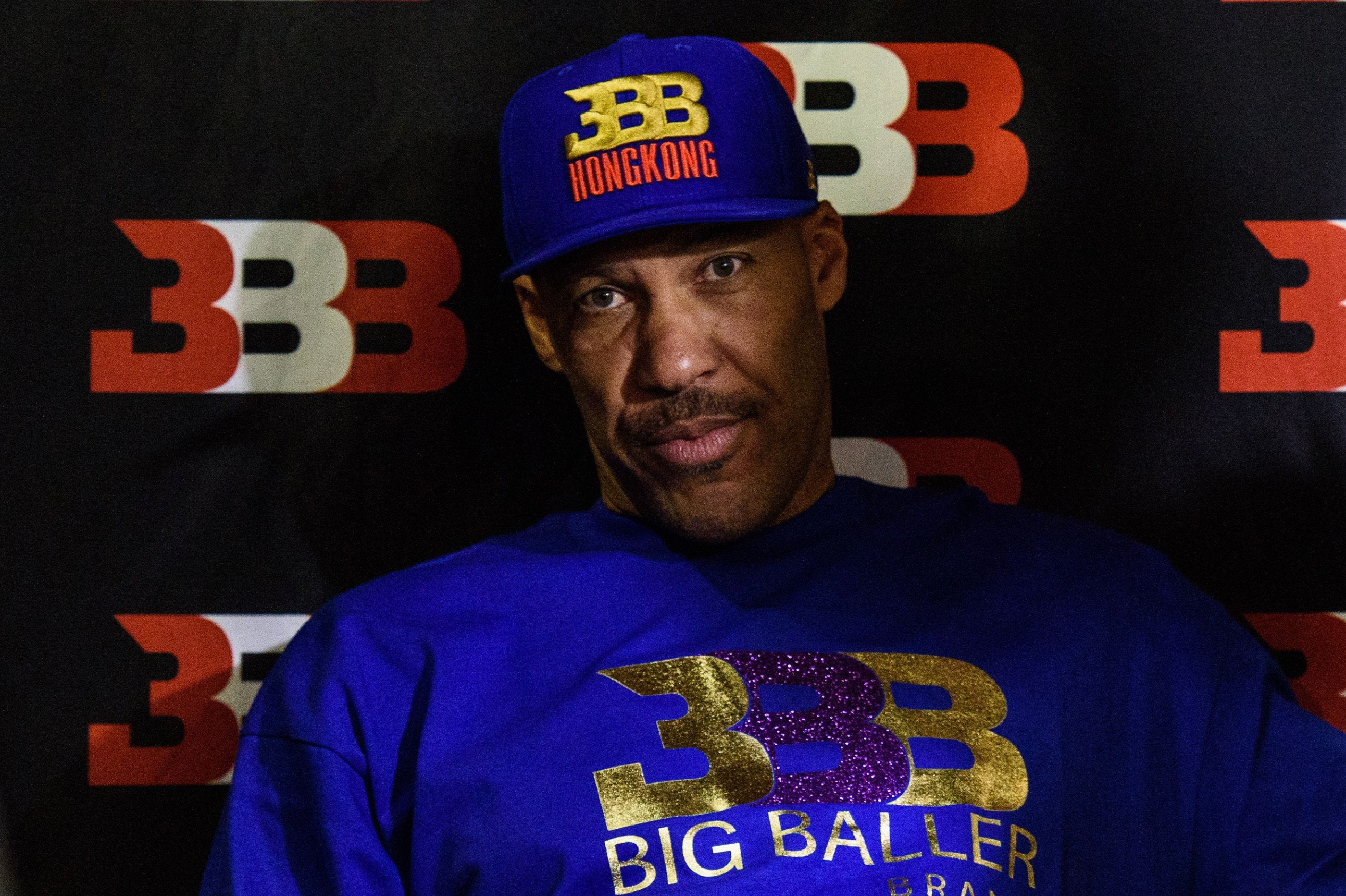 LaVar Ball dismisses his remark to ESPN's Molly Qerim: 'I meant no sexual intent' thumbnail