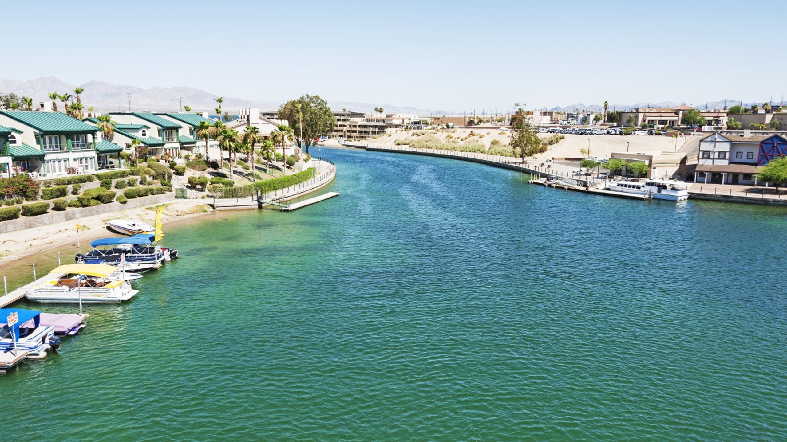 <strong>23. Lake Havasu City-Kingman, Arizona</strong><br /> <strong>&bull; Preschool enrollment:</strong> 32.6% (lowest 20%)<br /> <strong>&bull; High school graduation rate:</strong> 83.4%<br /> <strong>&bull; Pop. with access to areas for exercise:</strong> 65.6% (lowest 20%)<br /> <strong>&bull; Property crime rate:</strong> 3,227 crimes per 100,000 people (highest 20%)