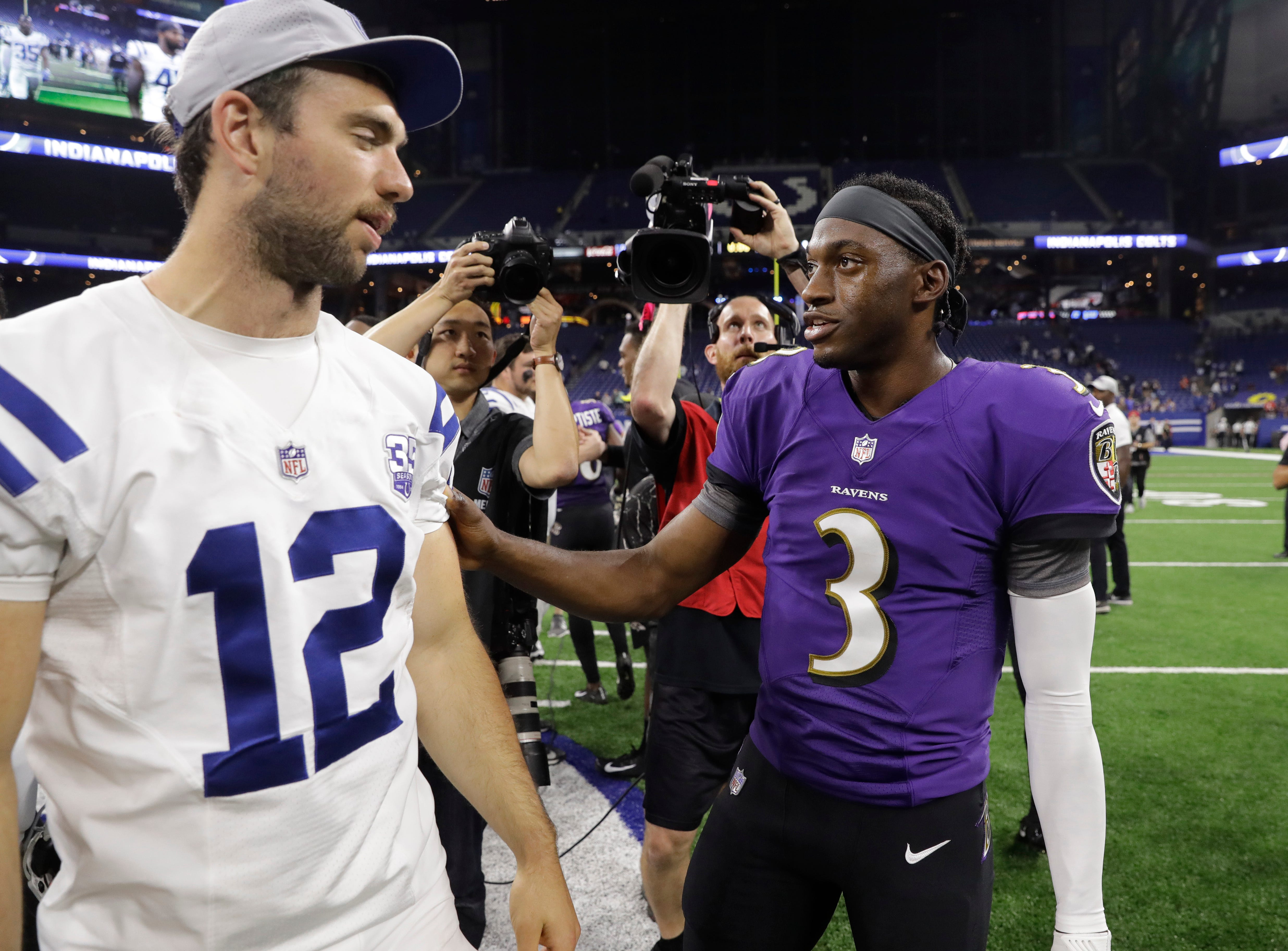 Robert Griffin III praises Andrew Luck's 'courage' to go out on his own terms