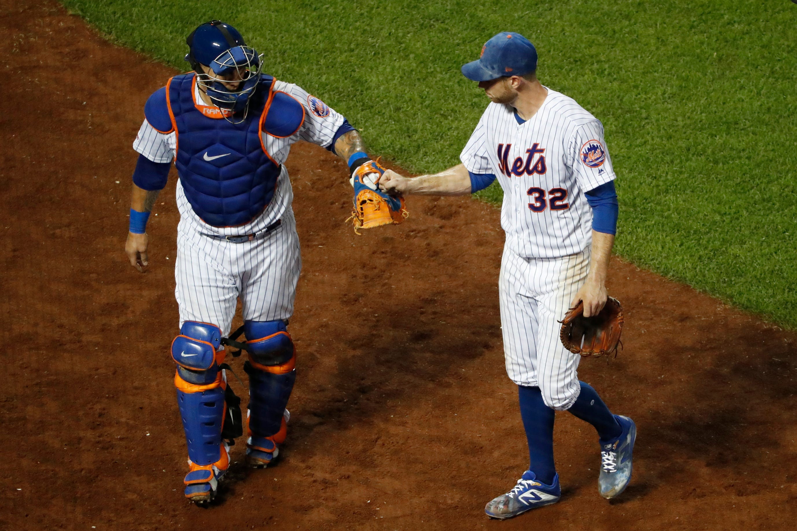 LEADING OFF: Syndergaard and Ramos? Brewers roll, Yanks hurt thumbnail