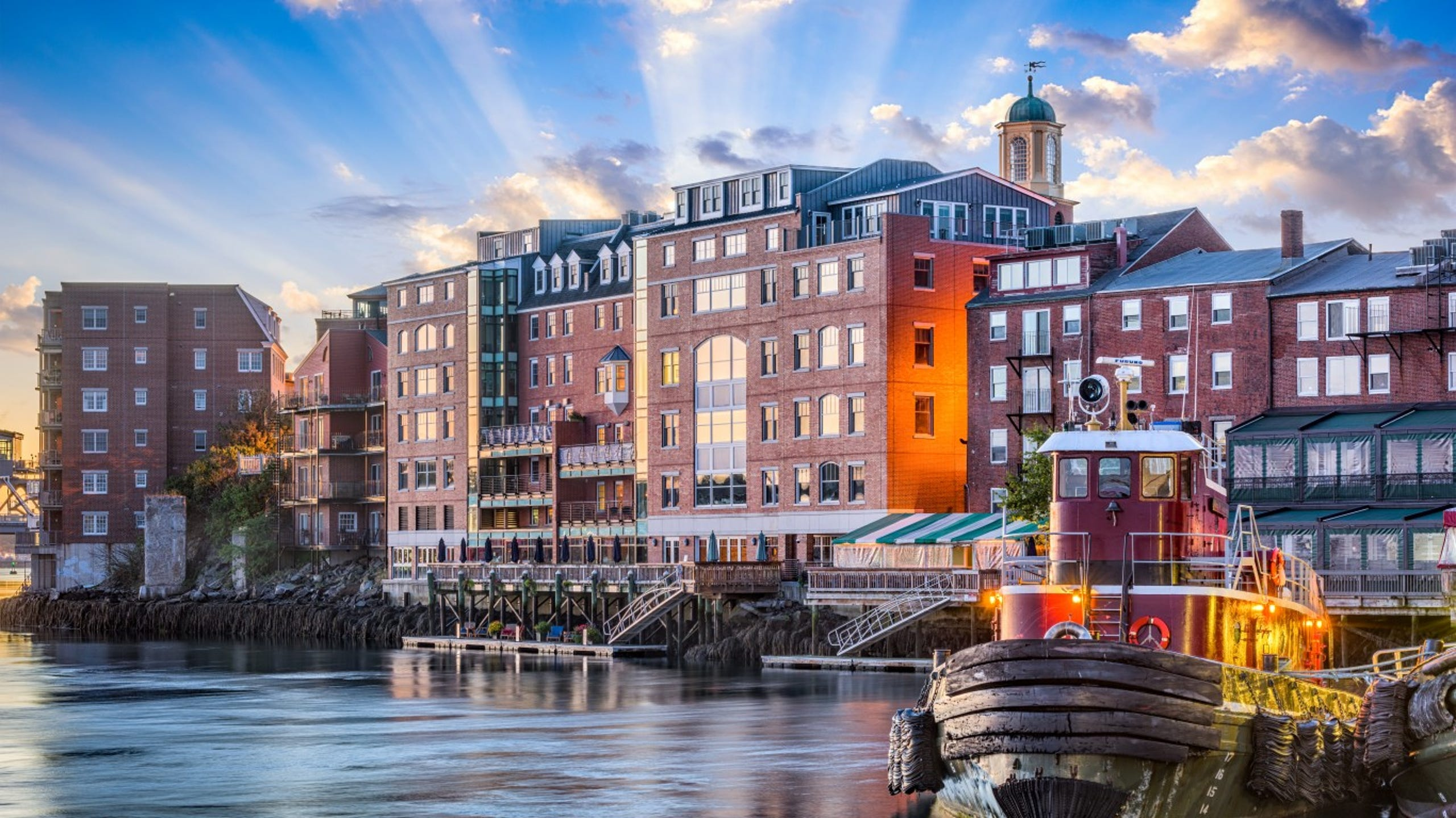 Portsmouth, New Hampshire • The seaside town of Portsmouth is a bustling New England gem, with a vibrant, walkable downtown. Restaurants, boutiques and colonial architecture, along with parks and waterfront views, make this city a great place to explore for the weekend. Take a boat tour of the harbor to see lighthouses, the old port and multiple forts, or visit the Strawbery Banke Museum for living history exhibits.
