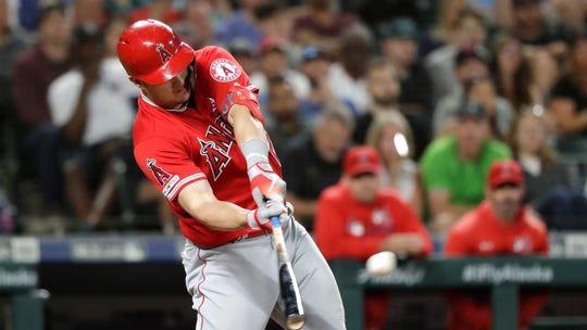 Astros slugger Yordan Álvarez – who played 87 games – is unanimous AL Rookie of the Year