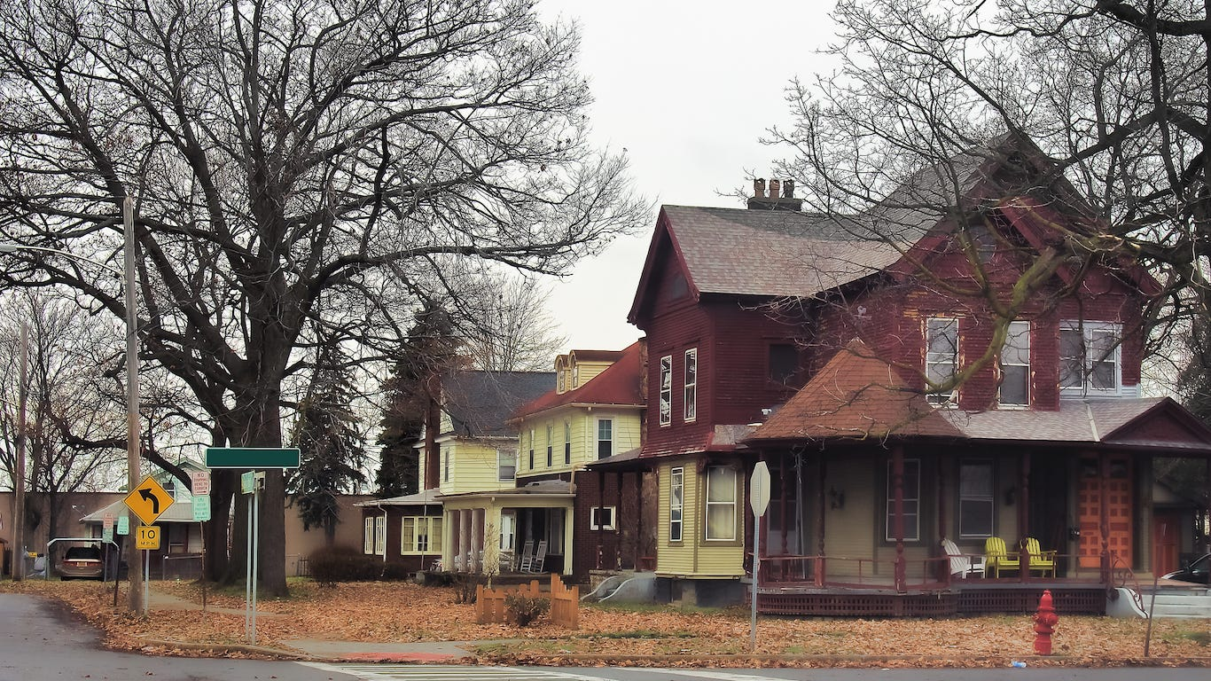 These US cities have gone from rich to poor in less than half a century