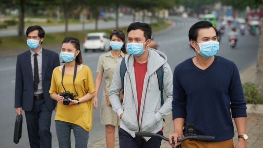 Top disease official: Risk of coronavirus in USA is 'minuscule'; skip mask and wash hands