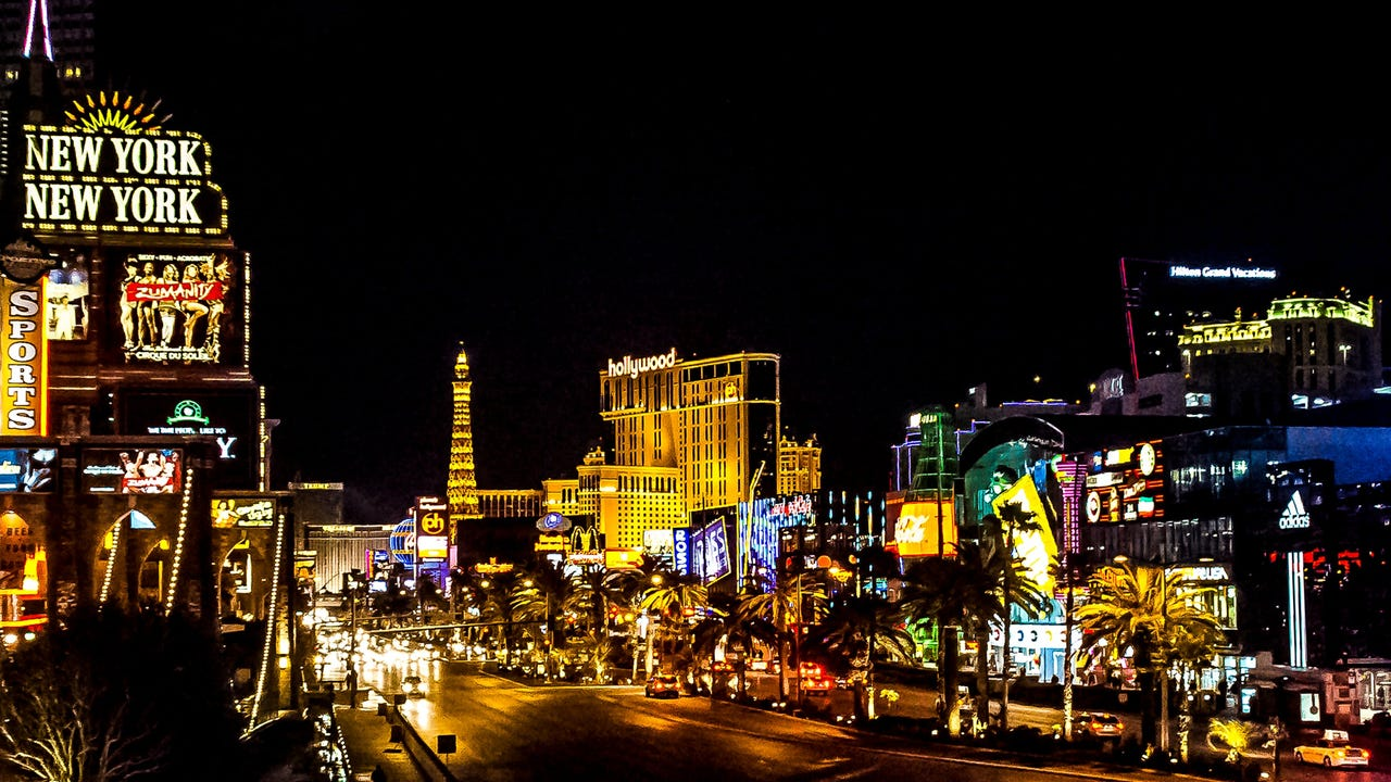 Las Vegas Casino Company Is Paying Guests 20 To Wear Masks