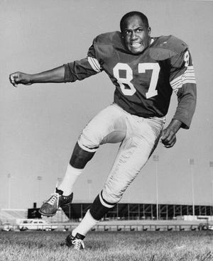 This is a 1963 file photo showing Green Bay Packers defensive end Willie Davis. Willie Davis, a Pro Football Hall of Fame defensive lineman who helped the Green Bay Packers win each of the first two Super Bowls, has died. He was 85. The Packers confirmed Davis' death to the Pro Football Hall of Fame on Wednesday, April 15, 2020.