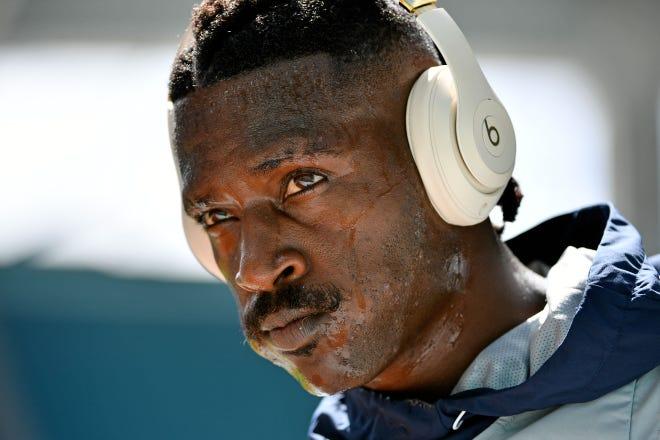 Antonio Brown tiene otra oportunidad en la NFL con los Bucs.