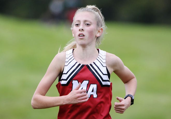 Moon's Mia Cochran continues her dominance in PIAA Cross Country, taking first overall on Saturday at the Red, White, and Blue Invitational in White Oak.