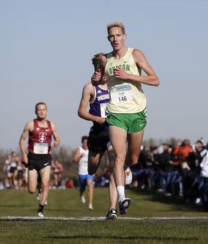 Oregon all-American Cooper Teare runs in an Oregon men's cross country team event.