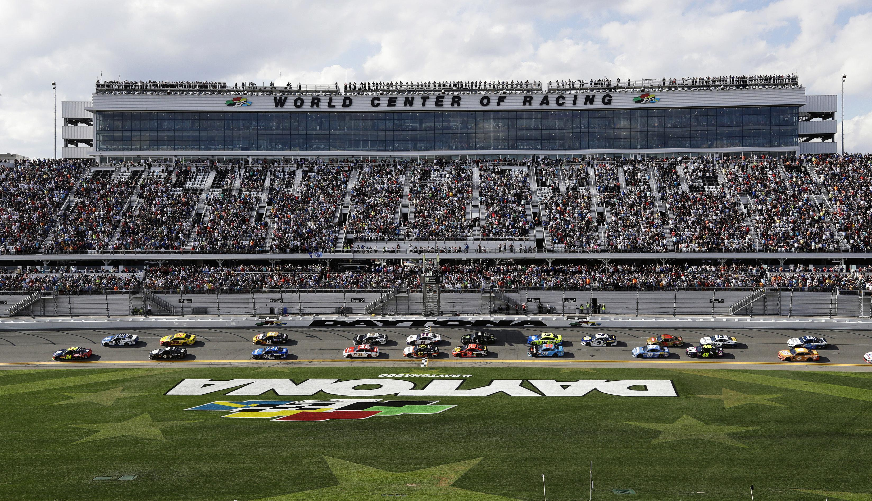 Daytona 500 to be held with 'limited' fans in 2021 because of COVID-19 pandemic