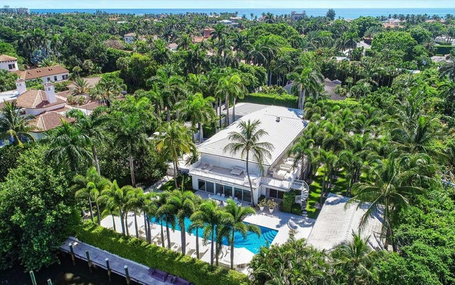 Just listed for about $22 million at 358 El Brillo Way, the Palm Beach home of the late sex offender Jeffrey Epstein has a pool facing a cove on the Intracoastal Waterway.