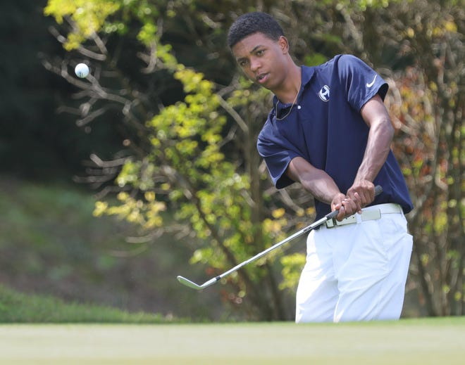 Hoban's Solomon Petrie helped the Knights win a state title and is one of 12 players selected to the Beacon Journal All-Star Prep golf team. [Beacon Journal file]