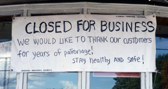 "Bloom's Pizza in West Bridgewater, Mass., is ""closed for business."""