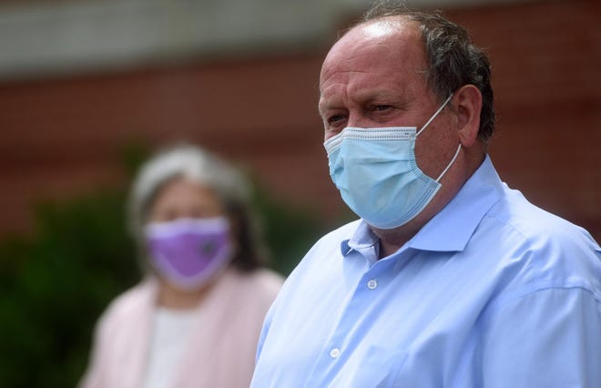 Dover Mayor Robert Carrier backed away from pushing for a face covering mandate ordinance during a City Council meeting Wednesday night.