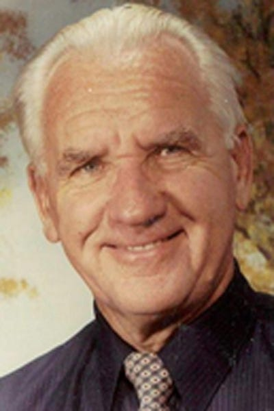 Photo 2 - Obituaries in Monmouth, IL | Monmouth Daily Review Atlas