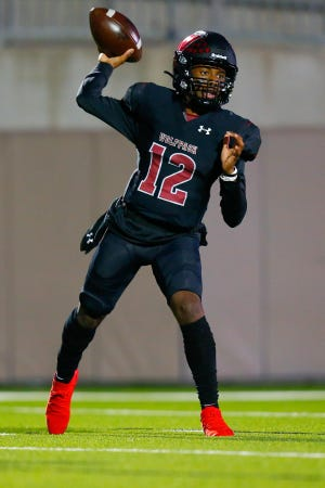 Weiss quarterback Dior Bradfield returns to lead a Wolves' offense that averaged 42 points per game last season. The senior threw for nearly 2,000 yards and 23 touchdowns in just six games last fall.