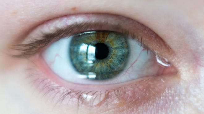 While that might sound like nothing more than a minor irritant, dry eyes is often the culprit when people complain that their eyes feel tired, overworked, and strained.