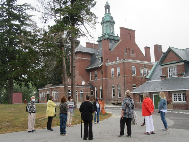 The Public Health Museum visitors tour the Tewksbury campus.