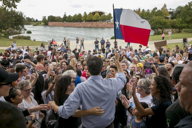 Beto O'Rourke, shown at a 2018 campaign rally in Austin, should have been encouraged to run for the Senate in 2020, a reader writes.