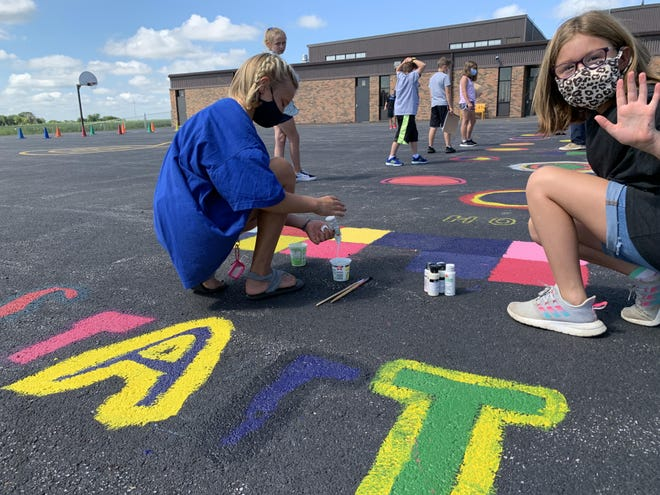 Winola Elementary students take art class outside to begin the 2020-2021 school year.
