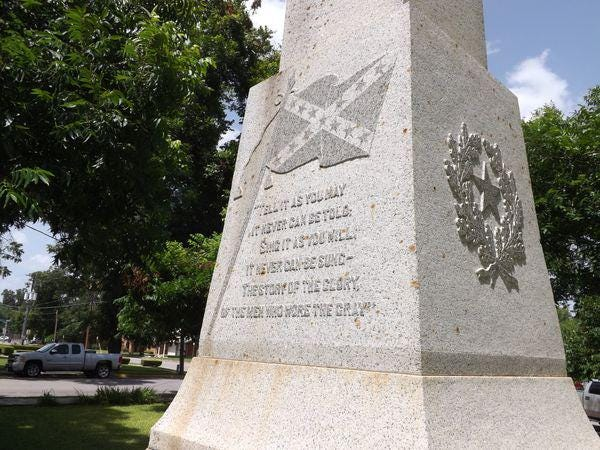 A monument honoring Confederate soldiers stands tall on the Bastrop County Courthouse lawn. It was erected by the local chapter of the United Daughters of the Confederacy in 1910.